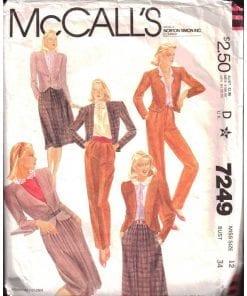 McCalls 7249 M