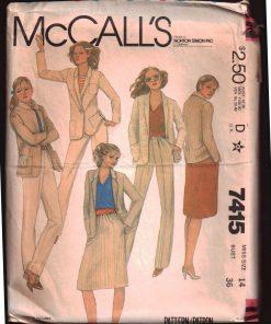 McCalls 7415