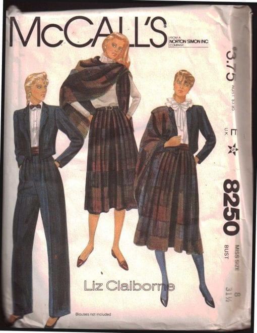 McCalls 8250 M