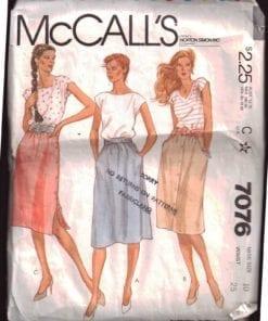 McCalls 7076 M