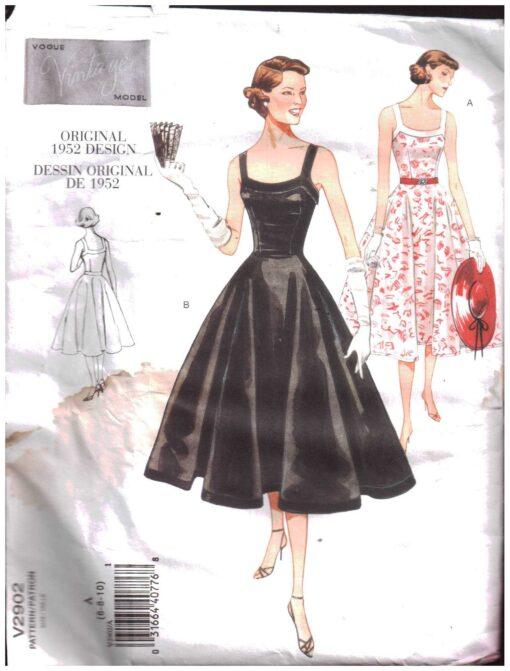 Vogue V2902